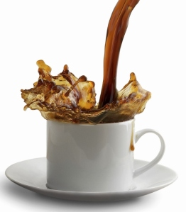 Coffee-Cup-Pour_iStock_000005373462Medium (560x640)